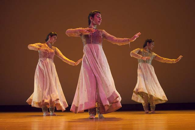 The Parul Shah Dance Company at the Erasing Borders Dance Festival