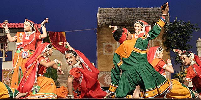 Dancers from India Performing Arts Center perform Dandiya Raas