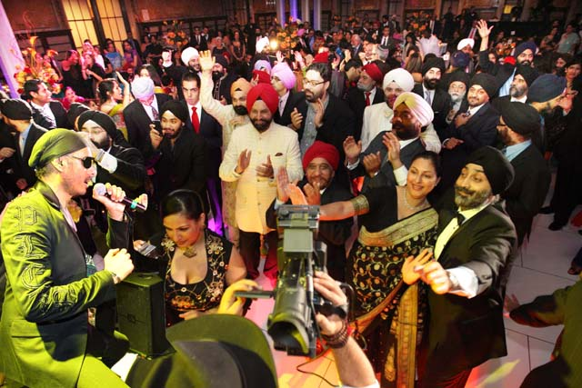 Sukhbir performs at the Sikh Heritage Gala which marked the end of the 7th International Sikh Film Festival organized by the Sikh Arts and Film Foundation.