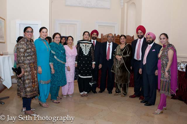 Pinky Chadha, Anjeet Sobti, Shammi Singh, Mrs Gujral, Mr & Mrs. Tejinder Singh Bindra, Prakash Hinduja, Mr & Mrs. Sant Singh Chatwal, Mr & Mrs Vikramjit Singh Sahney at the Tryst with Trees event.