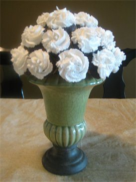 A bouquet of cupcakes by Parul Patel of The Cake Designer