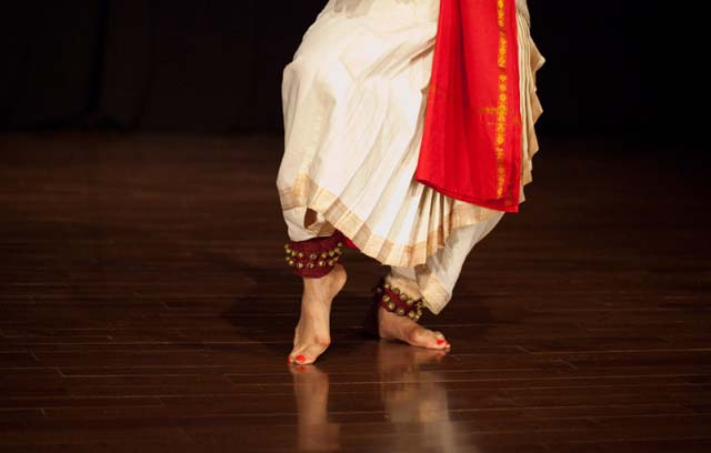 Maya Kulkarni, classical Indian dancer, performs at Anamika Navatman Studio in New York