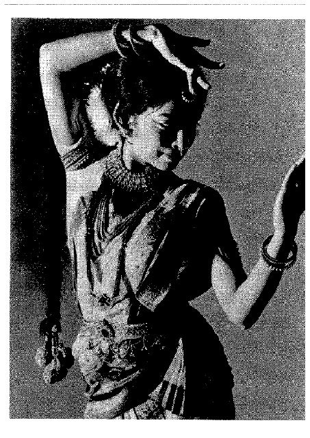 Maya Kulkarni, noted indian classical dancer performed at Anamika Navatman Studio o