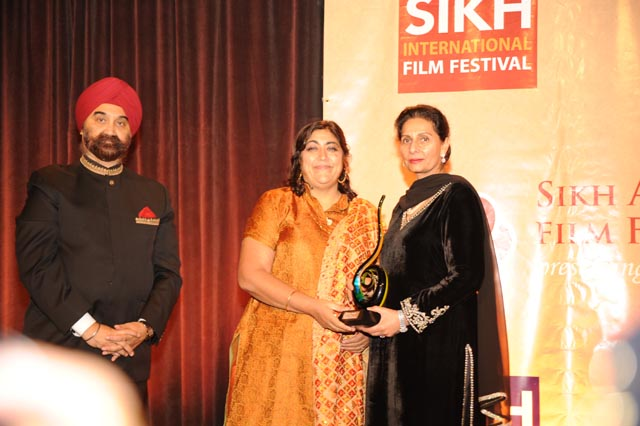 Gurinder Chadha at Sikh Film Festival and Sikh Heritage Gala with Tejinder Singh Bindra and Minister of  State for External Affairs Preneet Kaur
