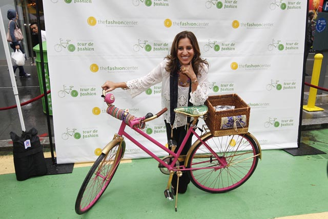 Tour de fashion - Jewelry designer Amrita Singh with Bike