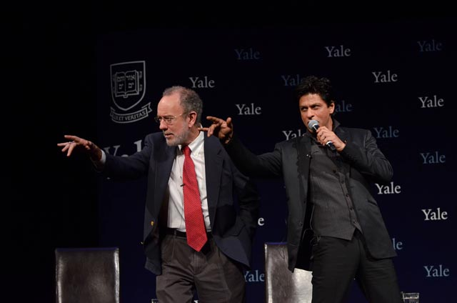 Shah Rukh Khan, Bollywood Badshah, with Yale Master Jeffrey Brenzel doing a dialogue from 'Don'