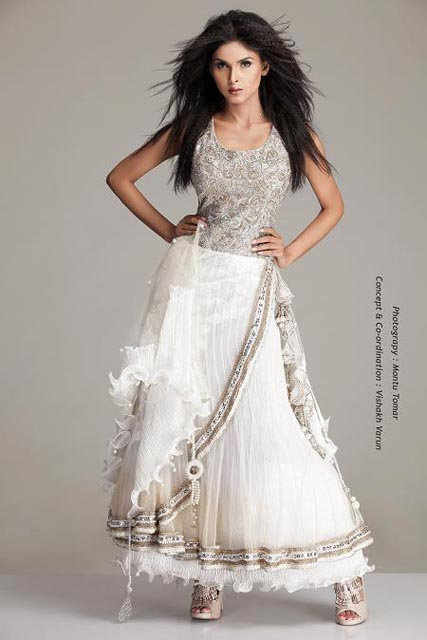 The Indian gown is a new trend from Indian fashion