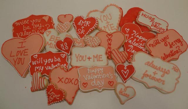 AMR Catering offers special cookies for Valentine's Day