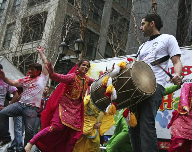 Celebrating Holi with bhangra dance