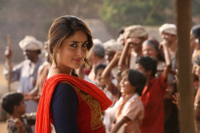 Kareena Kapoor in 'Gori Tere Pyaar Mein' which also stars Imran Khan