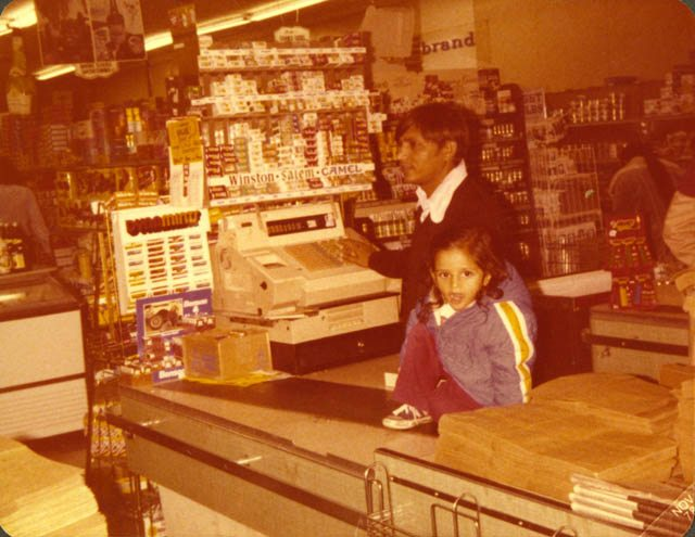 Photograph from an early Patel Brothers store in Chicago. The first Patel Brothers was opened in Chicago in 1974. Courtesy of SAADA and Susan Patel.