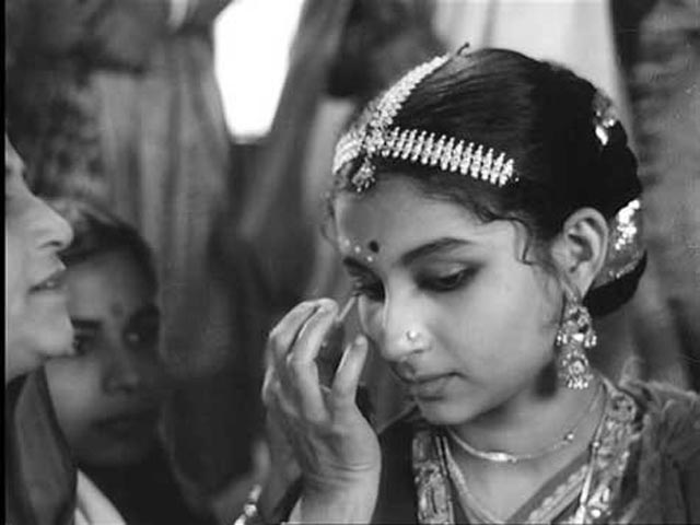 Sharmila Tagore - women's roles (Changing times)