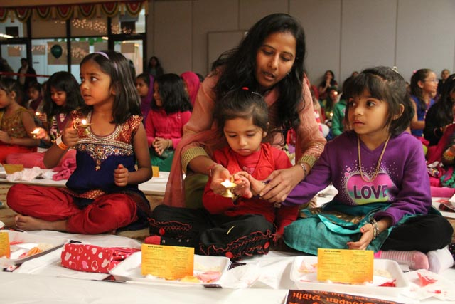 Children taking part in a Diwali celebration (photo-Baps)