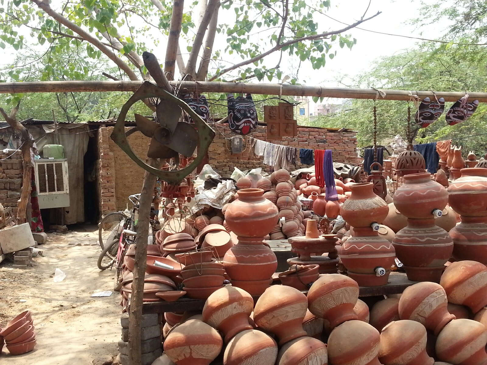 Home is where the pots are Photo: Lavina Melwani