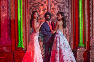 Mac Duggal with models