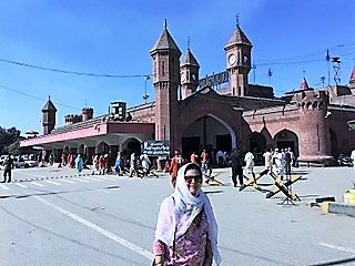 Return journey - Sarab Kaur at Lahore Station