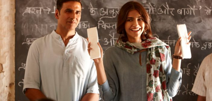 Pad Man Review: Akshay Proves a Man Can be a Woman's Best Friend
